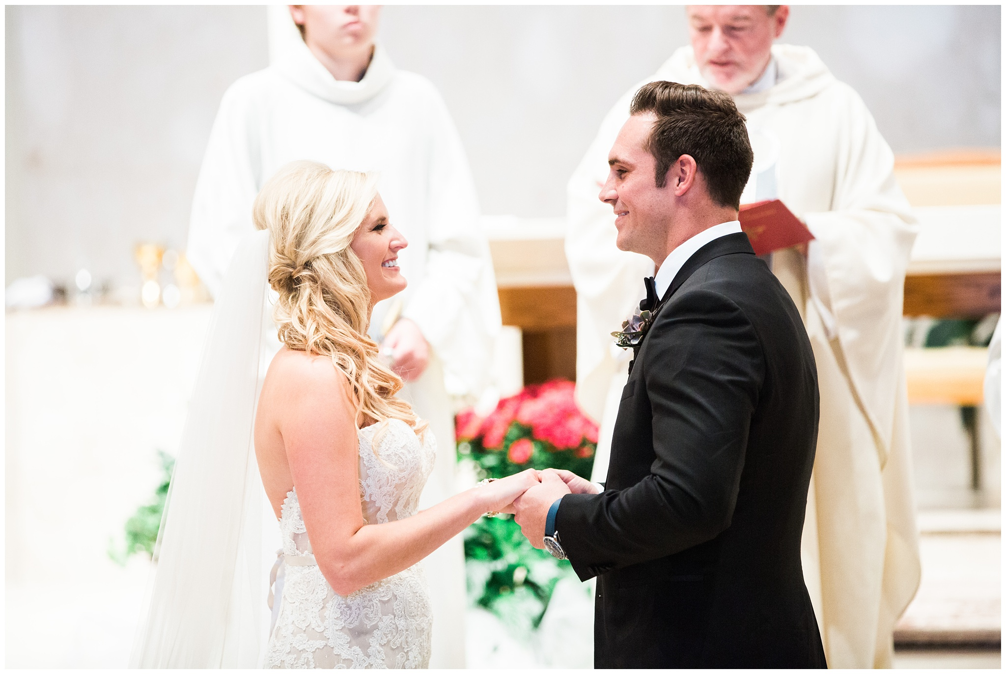 RebeccaHaleyPhotography_BarringtonPhotographer_ChicagoPhotographer_ChicagoWedding_0026.jpg