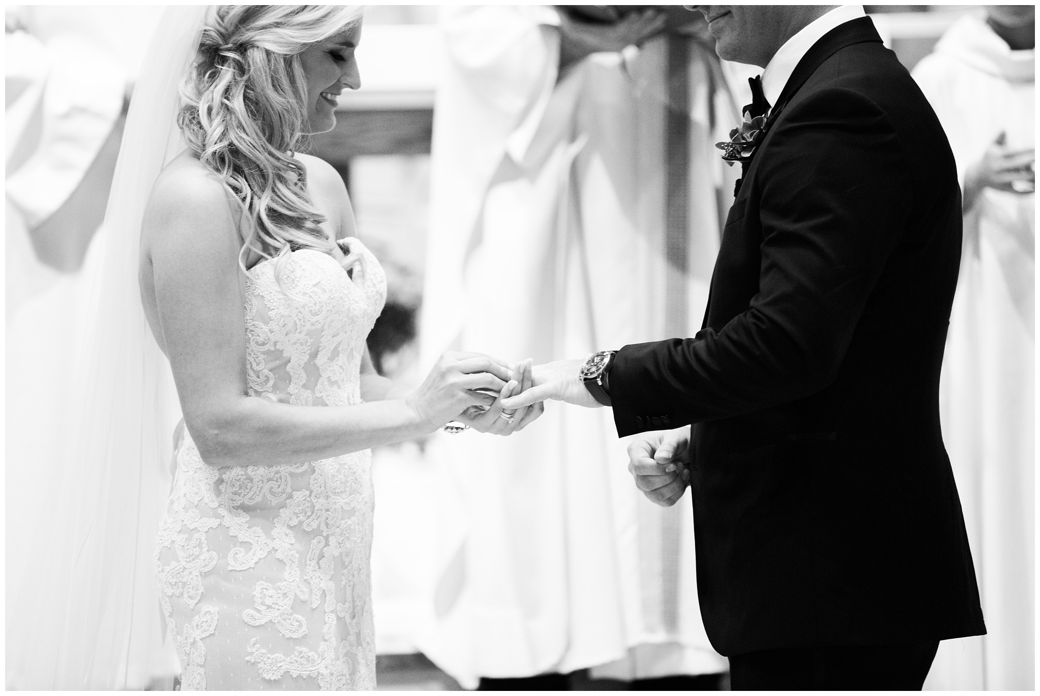 RebeccaHaleyPhotography_BarringtonPhotographer_ChicagoPhotographer_ChicagoWedding_0027.jpg