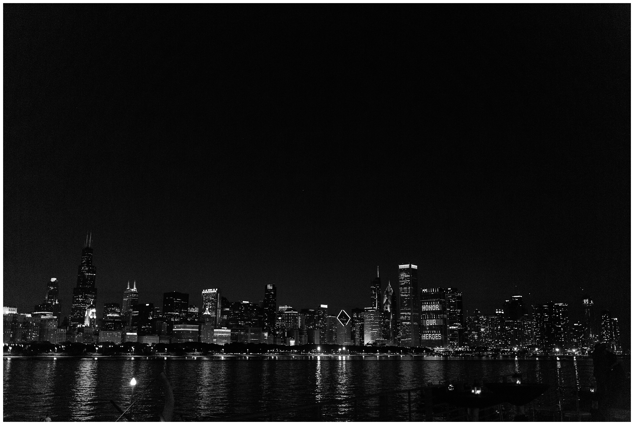 RebeccaHaleyPhotography_chicagoengagementsession_lakemichiganengagementsession_coloradoengagementphotographer_evanstonengagementphotographer_lighthousebeach_lighthousebeachengagementsession_0005.jpg