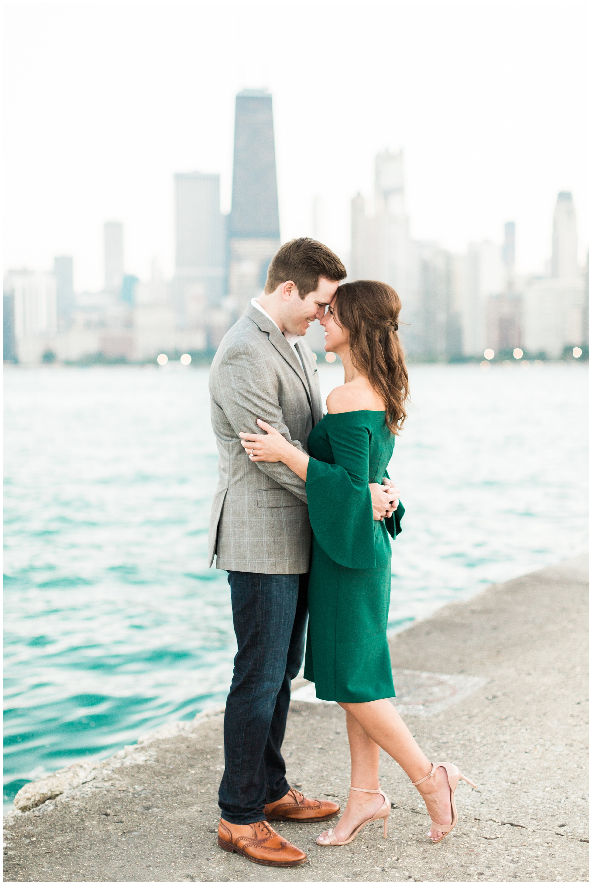 chicagoengagementsession_northavebeachengagementsession_northavebeach_northavenuebeach_northavenuebeachengagementsession_chicagoriverwalk_chicagoriverwalkengagementsession_0017.jpg