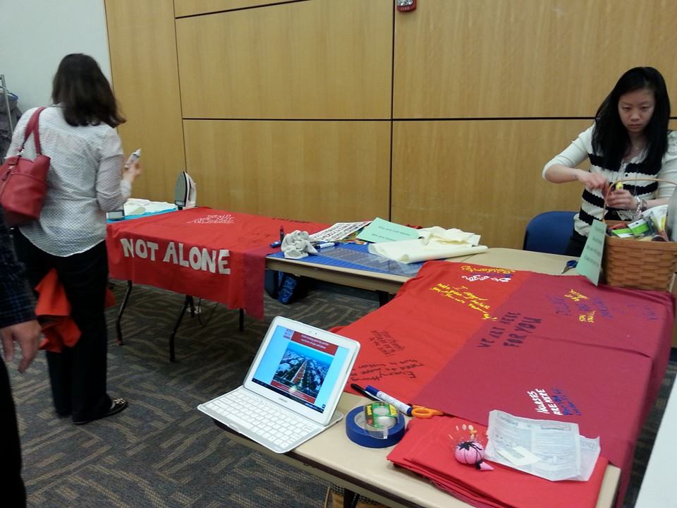 A Monument Quilt workshop at the North Carolina Innovations Conference at University of North Carolina Greensboro.