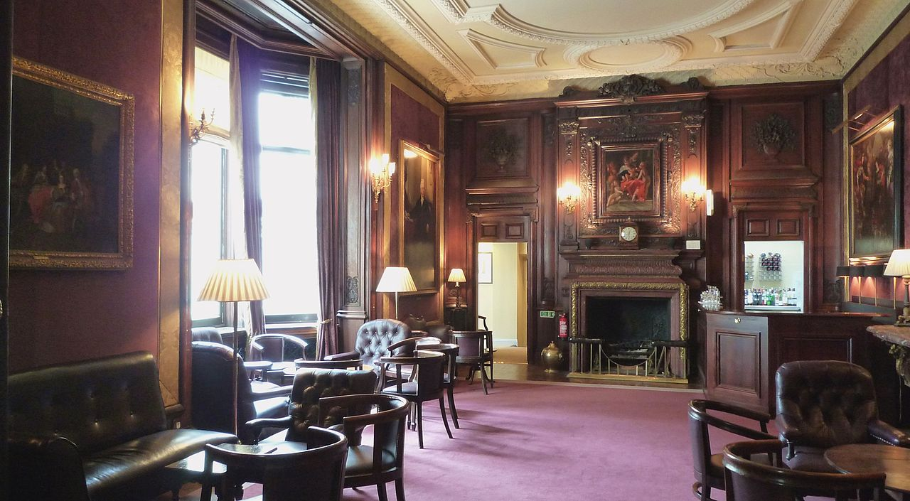 Savile Club, London.JPG