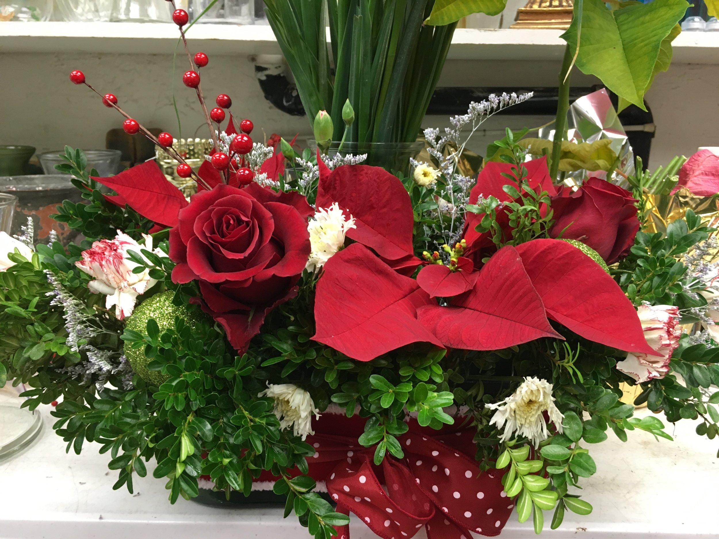 bloom brigade florist - wedding centerpiece