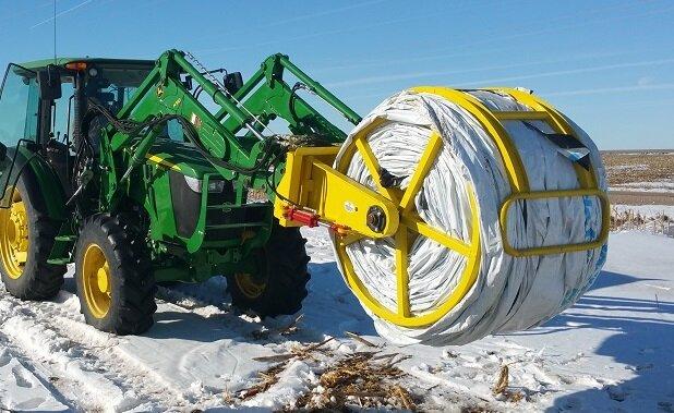 TC Machine Winder with Grain Bag Roller Attachment 1.jpg