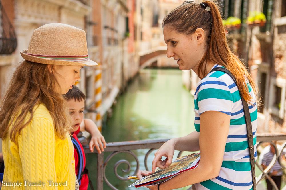 Valentina explaining the hidden message in the bridge railing.