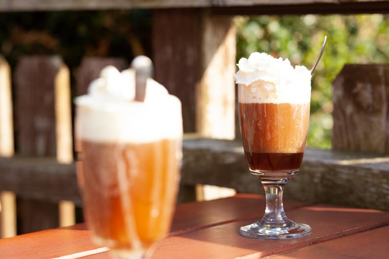 Schumlipflumli - a warming coffee drink from Switzerland