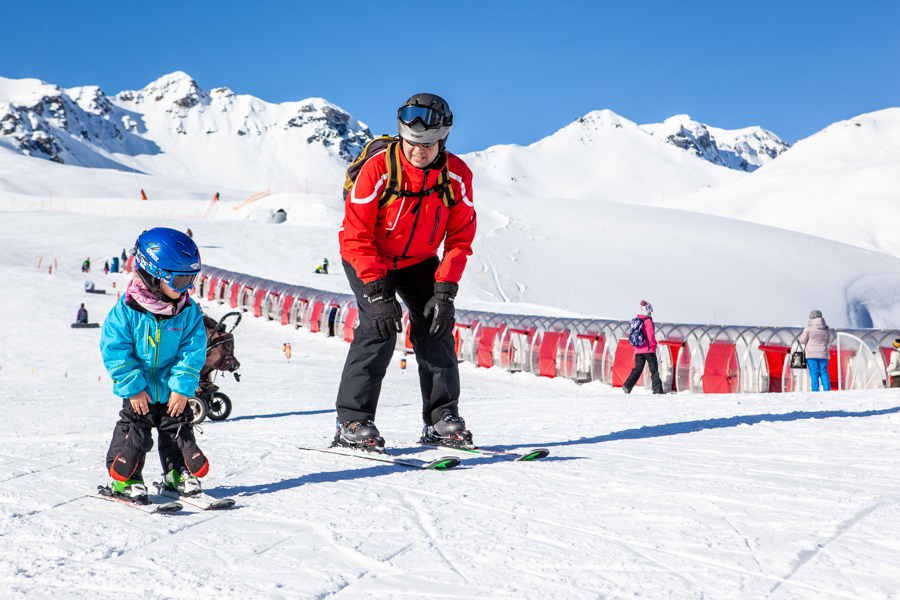The beginning ski area in Scuol - Swiss Family Travel