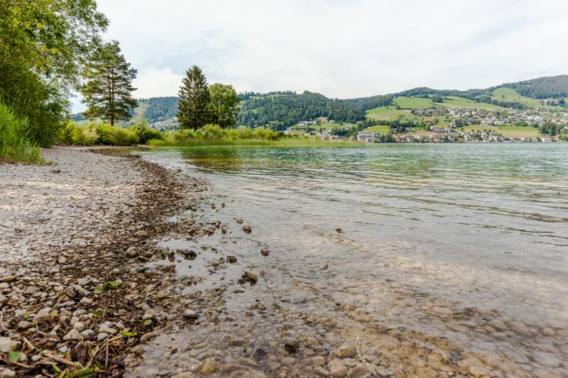 Direct lake access at Camping Unterägeri