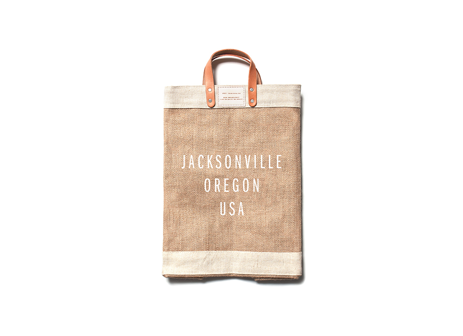 Jacksonville_MarketBag_Natural_Detail_Label_MockUp.jpg