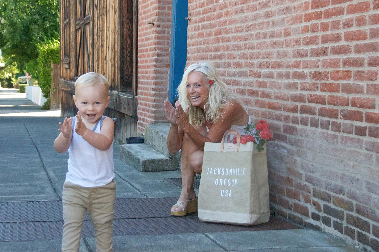 Ev and I lovin' our Market Bag!