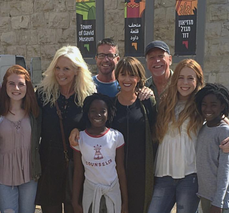 Love my family so much! Sadie, Lula, Peter, Amanda, Jon, Bailey, and Char