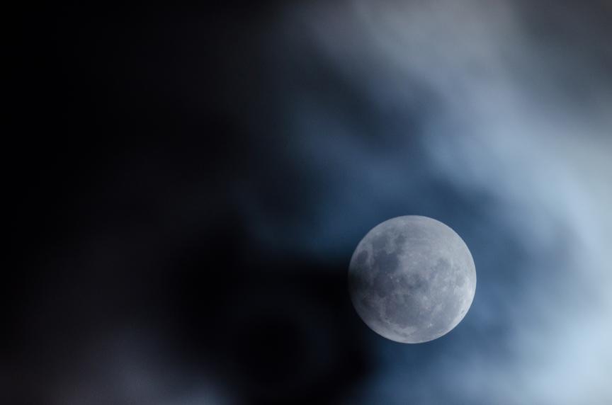 pleine-lune-linda-xu-2.jpg