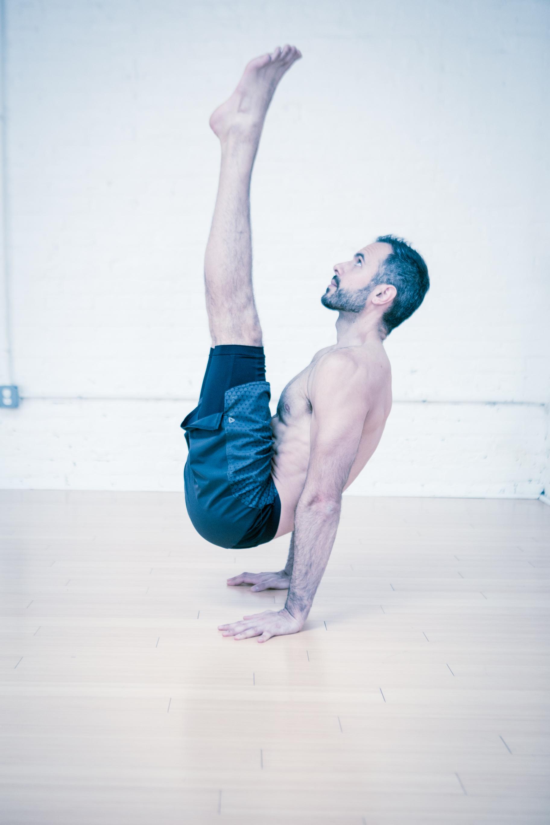 MIRZ-YOGA-Arm-balance.jpg