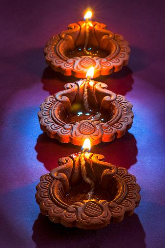 ThinkstockPhotos-607753164 - Diwali lights.jpg