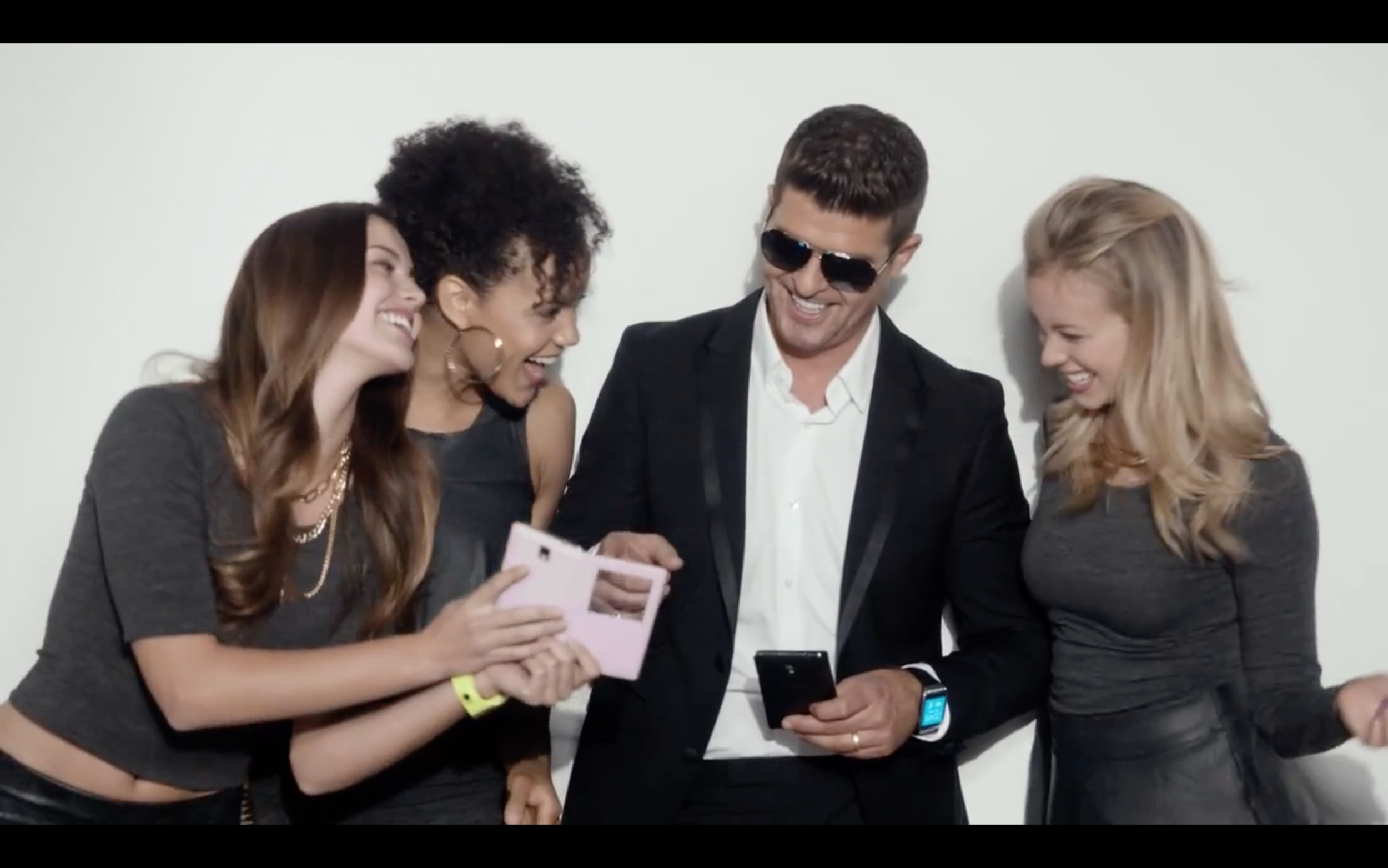 SAMSUNG GALAXY COMMERCIAL W/ ROBIN THICKE