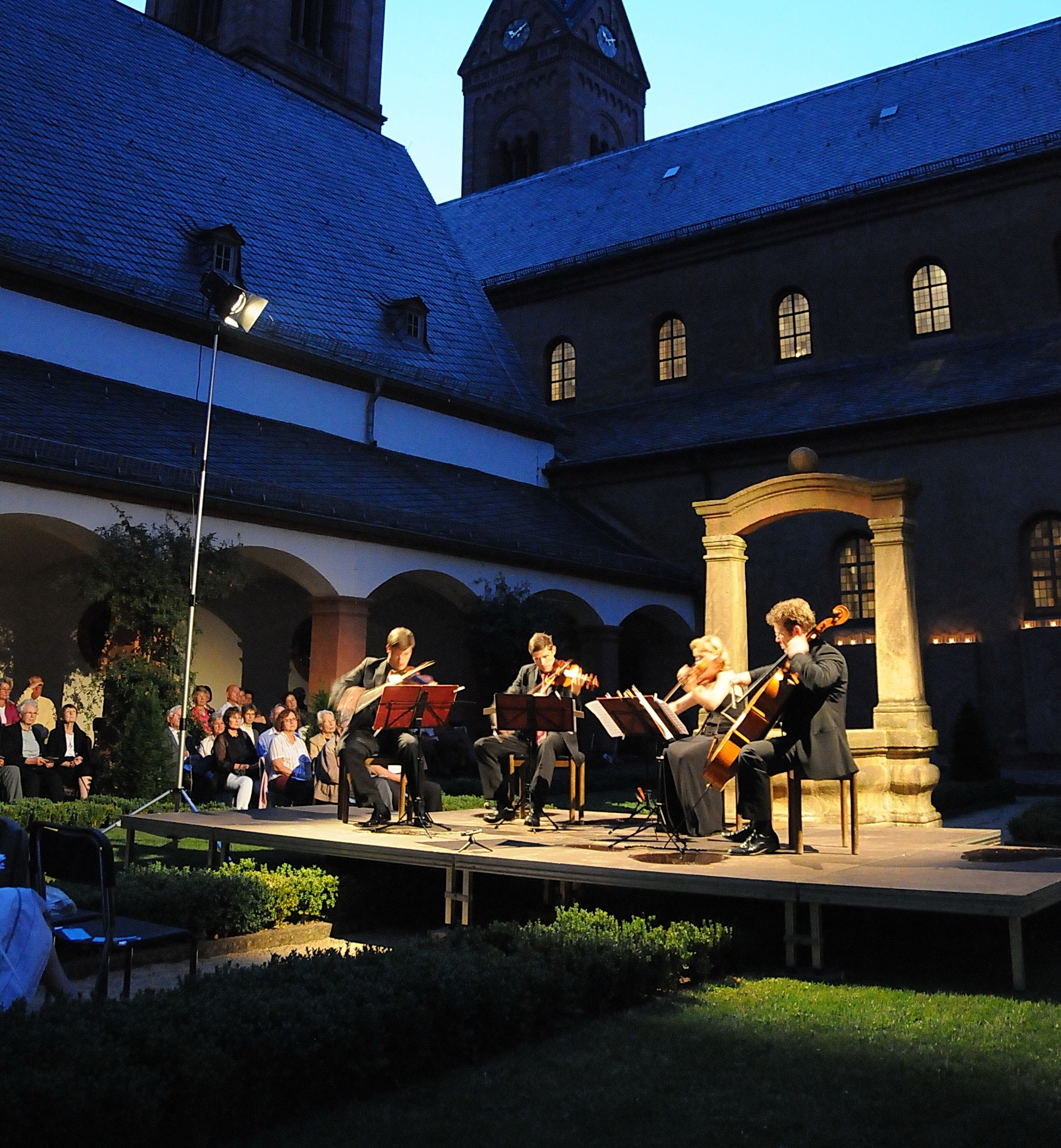 Seligenstadt monastery - home of the Henschel Quartet´s yearly string festival