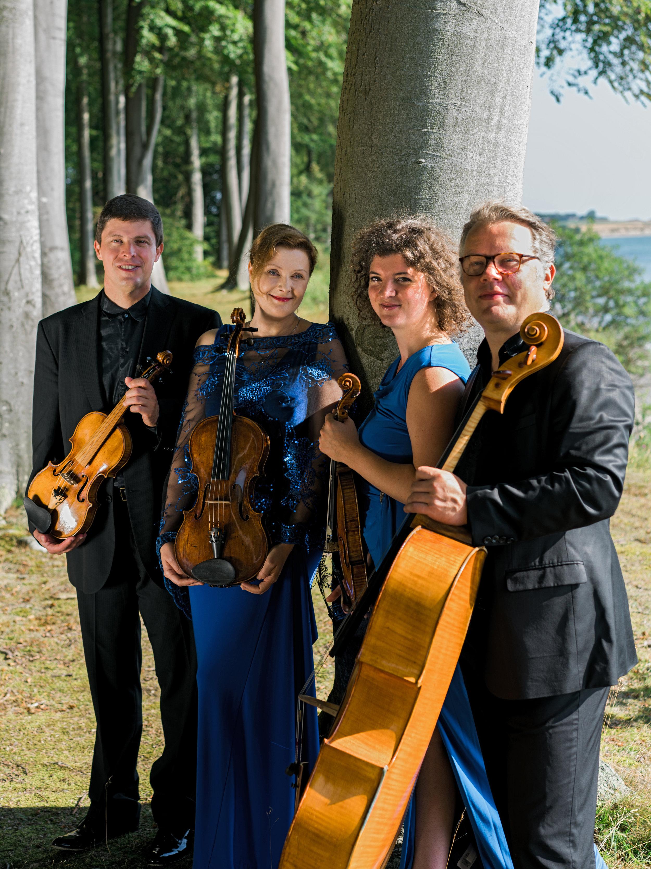 Henschel Quartett_SimonSticker-14_HPR2.jpg