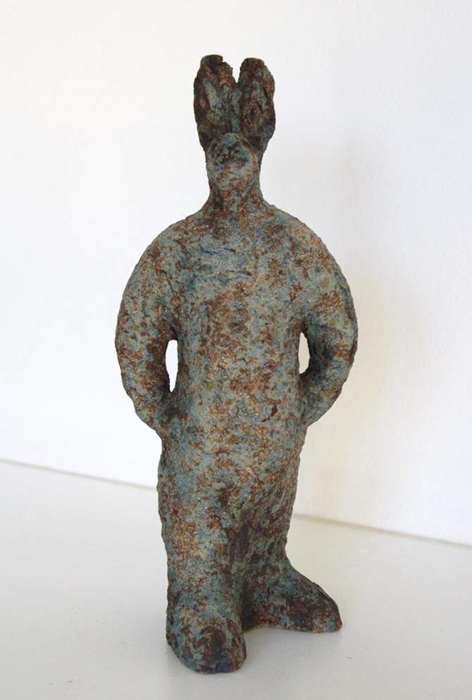 Title: Standing Hare Medium: Ceramic Stoneware SOLD