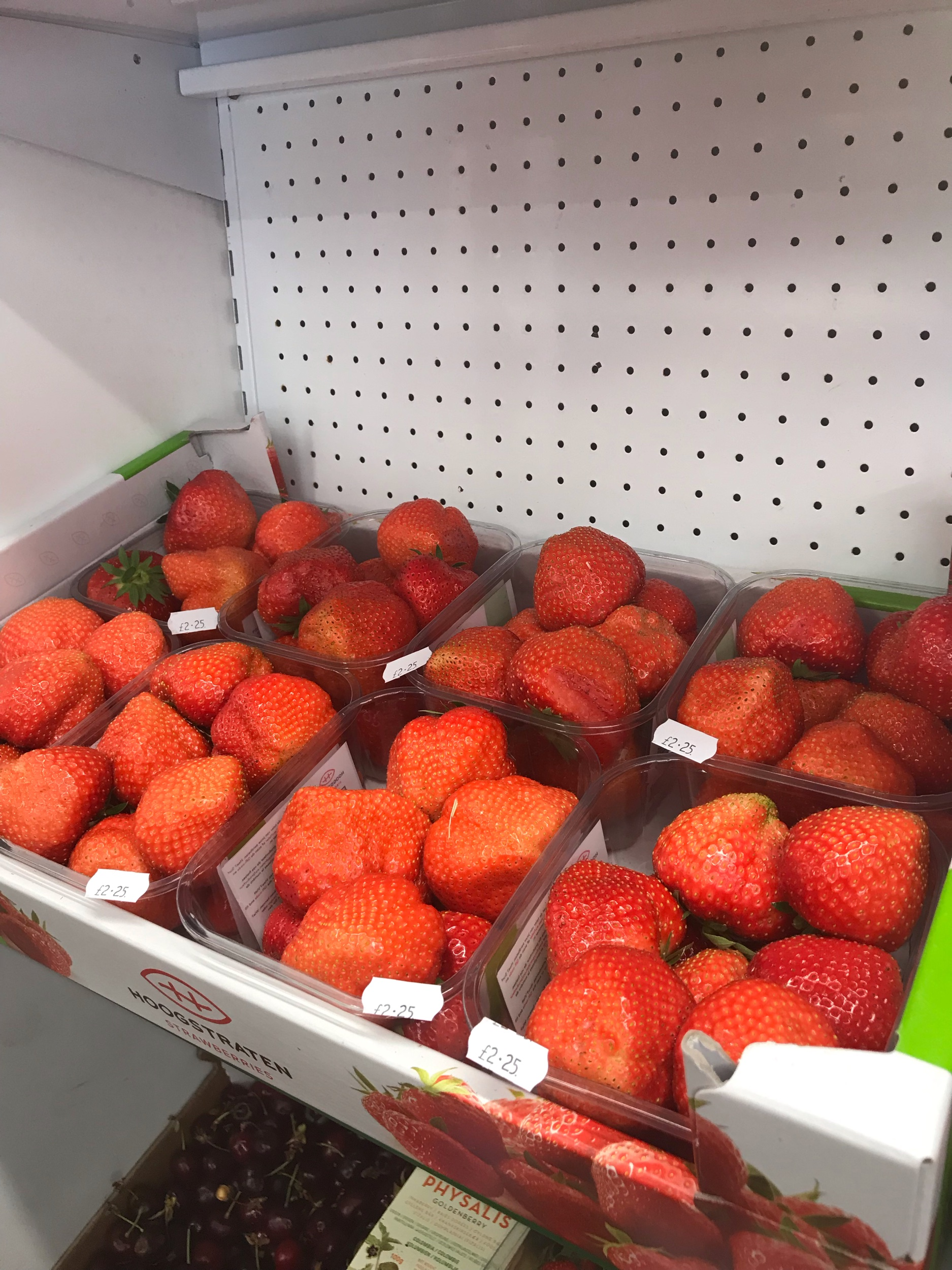 Large tasty strawberries, also available is double cream