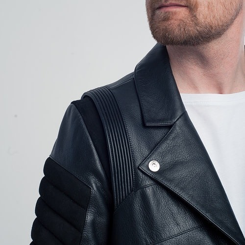 It's truly the details and craftsmanship that makes this jacket unique of among other leather jackets out there. With shiny silver trims catching peoples eyes and a mix of suede and leather sown together with high level techniques.