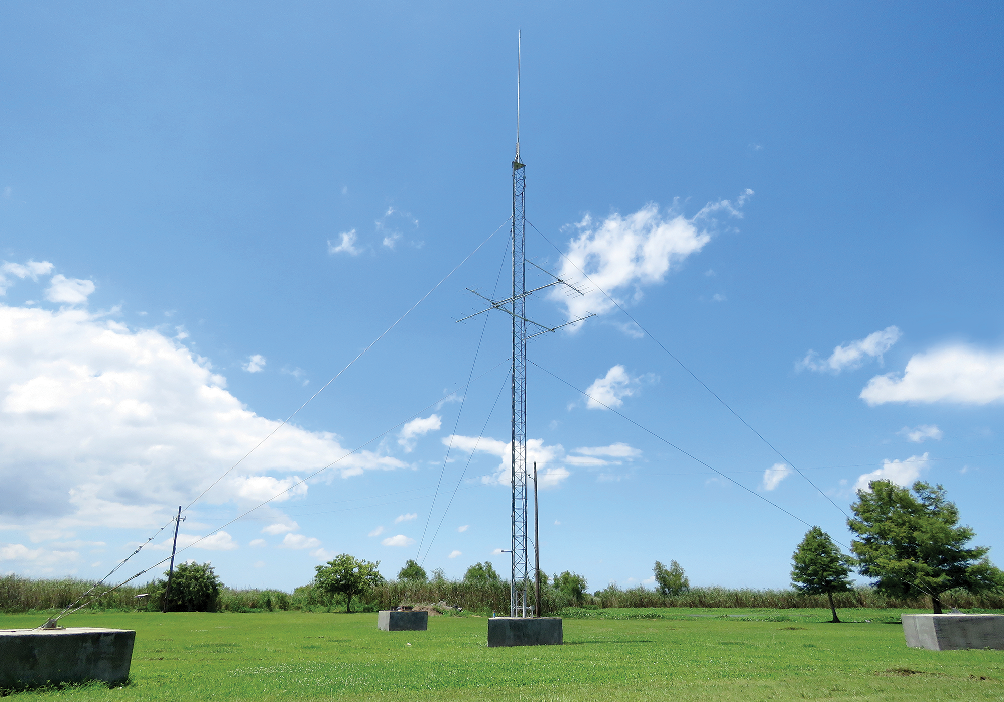 Pass_A_Loutre_VHF_station.png