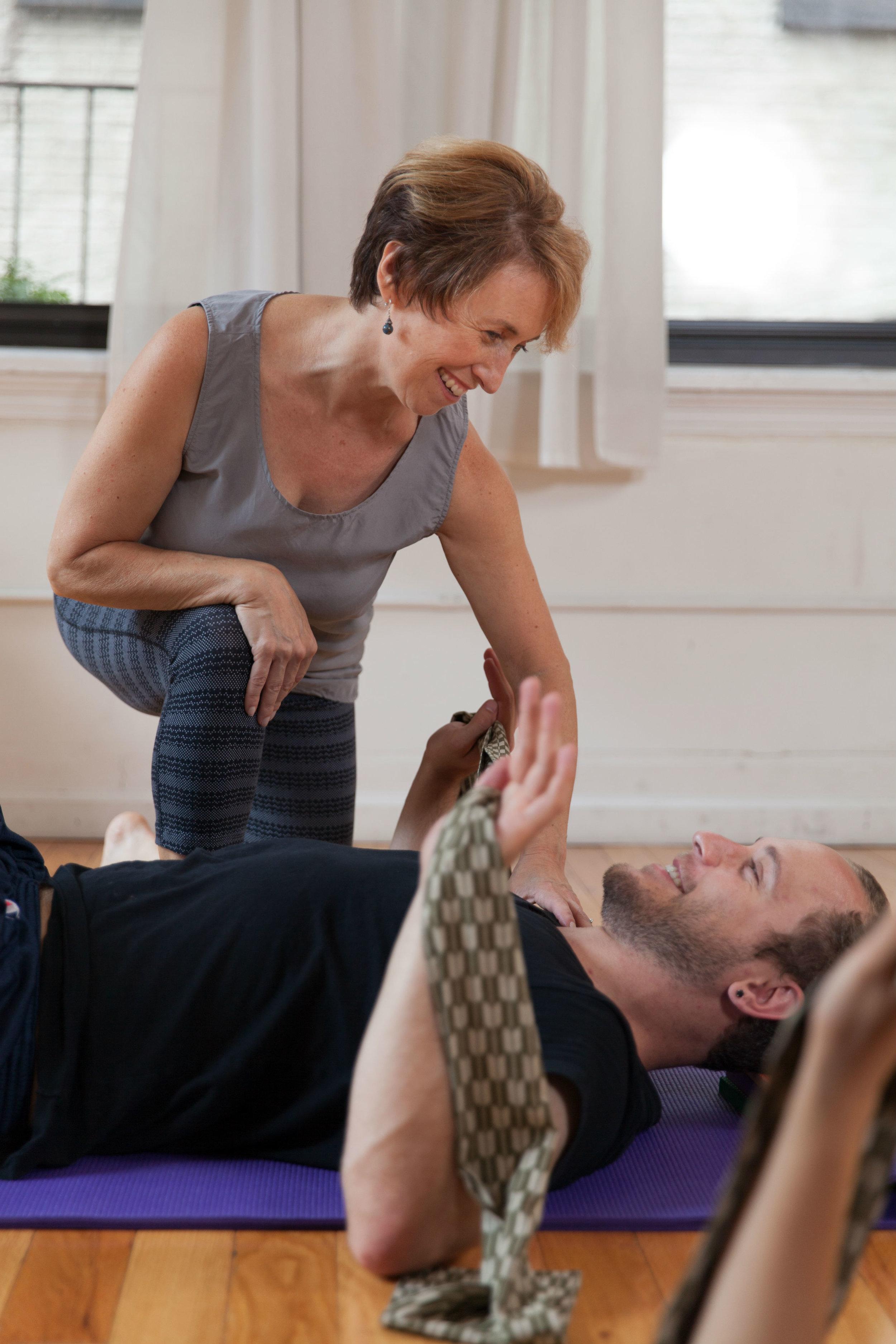Belinda teaching Alexander Technique for Actors in her Flatiron, New York City Studio.