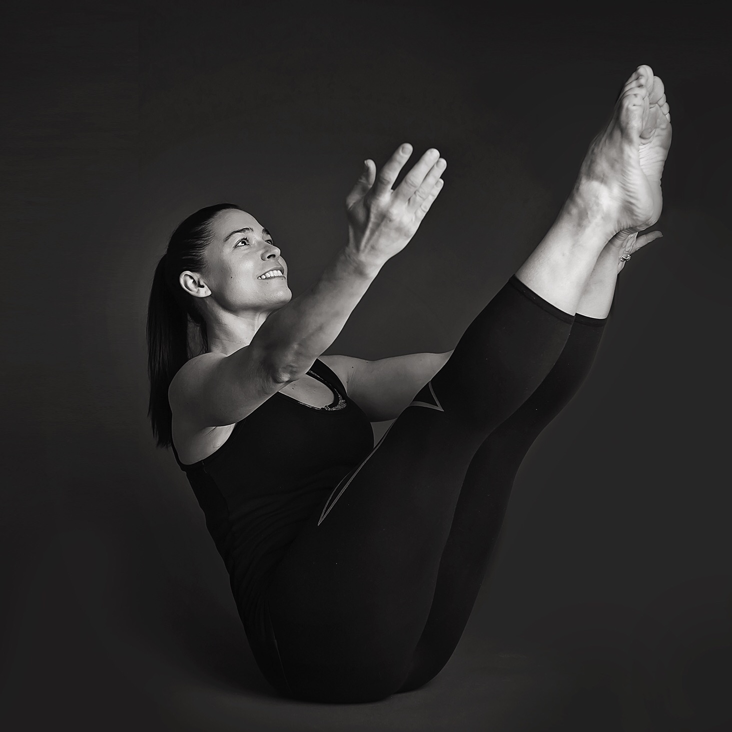 Pilates 101 - Pilates focuses on integrating all parts of the body into one, rather than segregating the body into inefficiently working parts. It aims to restore the natural curvature of the spine, re-balance the muscles, and re-train the body to move safer and more efficiently. Pilates 101 will go deeply into the basic principles of the technique, and the importance of alignment and proper muscle recruitment. Practice doesn't make perfect...PERFECT practice makes perfect! It takes 300 repetitions to create a bad habit and 3,000 repetitions to undo that bad habit! Perfecting these Pilates principles will allow you to apply them to all the other areas of your daily life, and prevent the bad habits and resulting injuries that would otherwise occur.