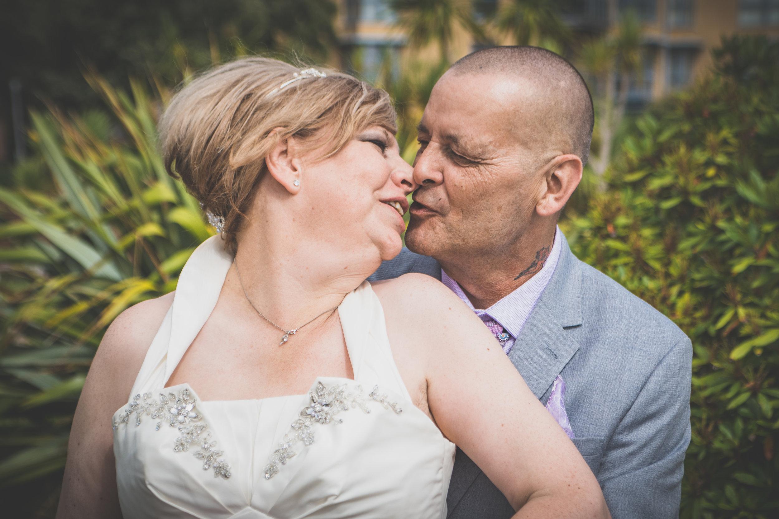 Mr & Mrs Mills-404 - Copy.jpg