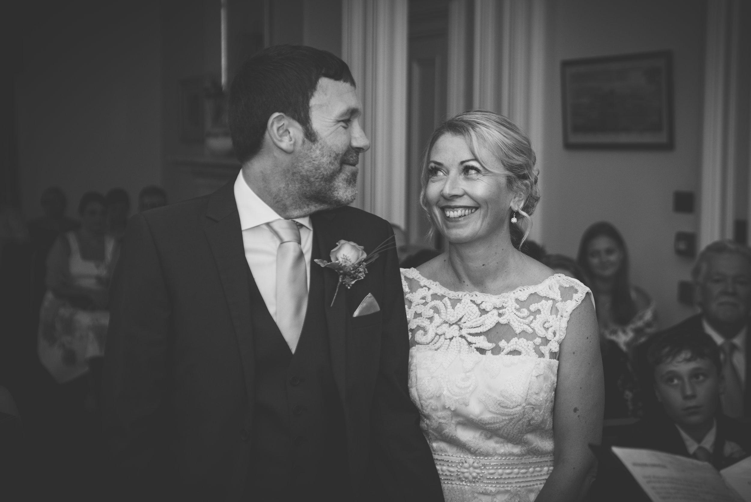 Mr & Mrs Sinclair-109.jpg