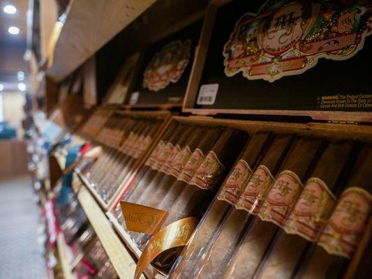 Paps Cigars.jpg