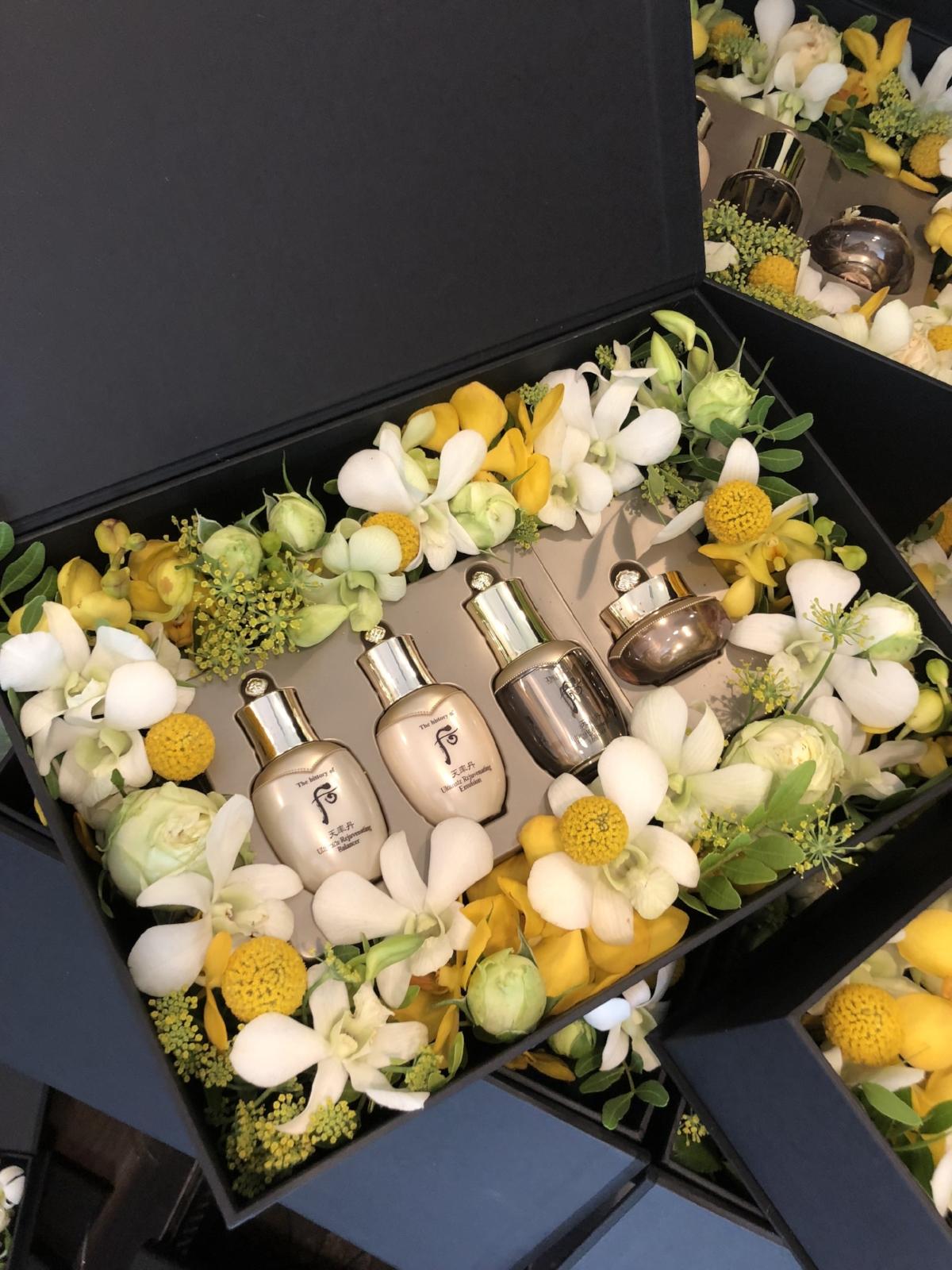 Whoo.flowerbox.jpg