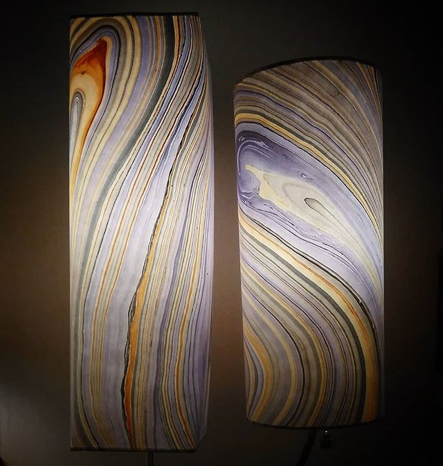 Violet & Yellow Striations in these lovely paper shade designs.  Groovy, Elegant, Lively.  Contact me and let's find the perfect lamp design for your interiors!  #linkinbio #lampshadedesign #lightingideas #lightingdesign #lighting #design #lightdesign #creativelighting #lampdesign #lamps #artlamps #handmadelamp #homedecor #decor #decorinspiration #decorideas #giftideas #floorlamp #lightandcolor #interiordesign #artisansonmain #artlamps #decorativelighting #natureinspired #nature #indoorlighting #luminosalighting