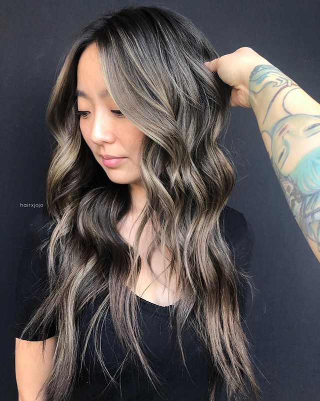A S H  B R U N E T T E ✨ Did #teasylights on this babe @casieyan 💕💕💕 what a natural beauty 😍 #HAIRXJOJO #HAIRBYJOANNECHUNG