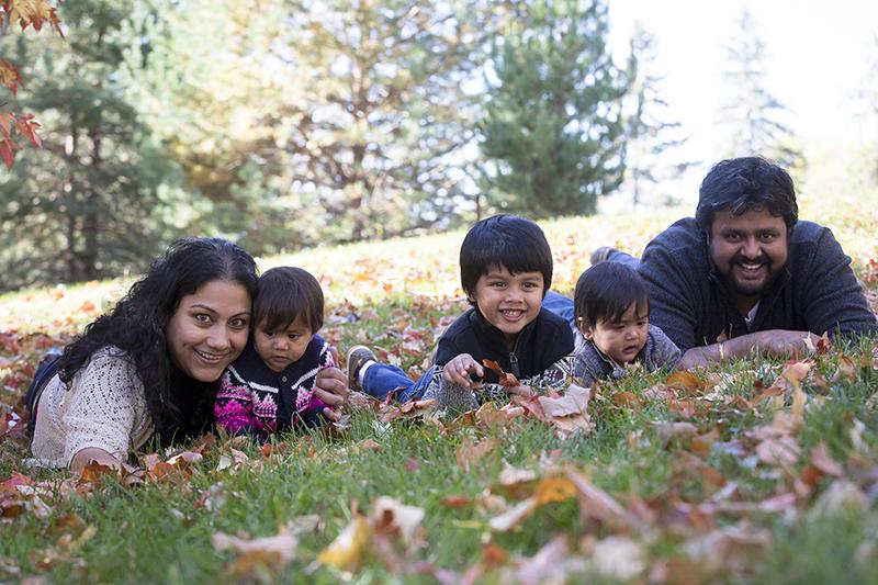 04-fall-family-session-minnesota-melanie-mahonen-photography