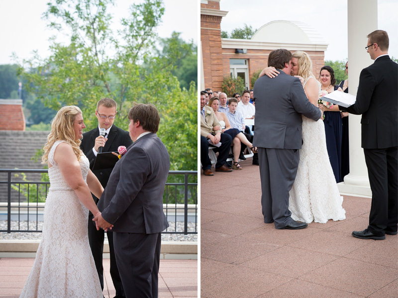 14-downtown-stillwater-minnesota-public-library-rooftop-ceremony-first-kiss-melanie-mahonen-photography