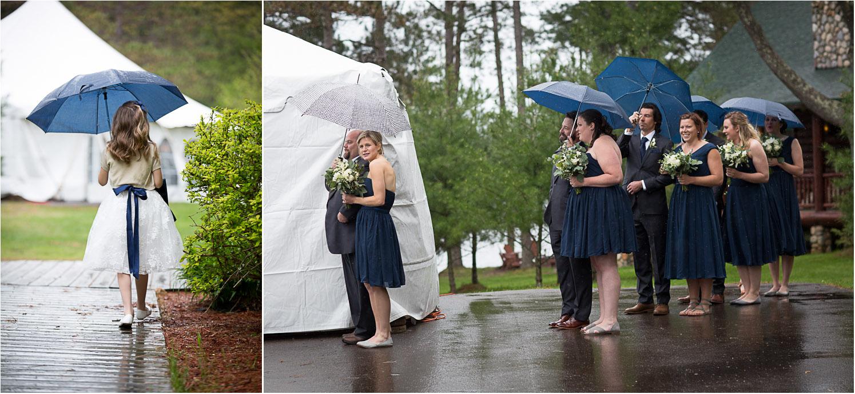 14-rainy-cabin-wedding-day-umbrellas-navy-blue-flower-girl-mahonen-photography.jpg