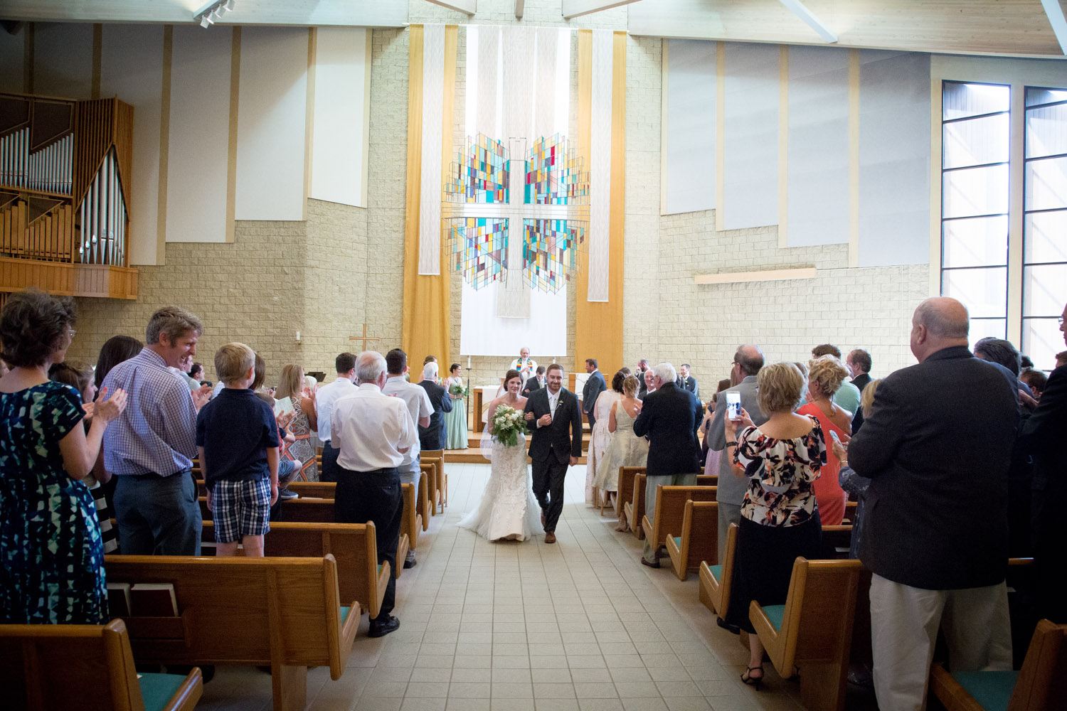 13-wedding-ceremony-church-husband-and-wife-mahonen-photography.jpg