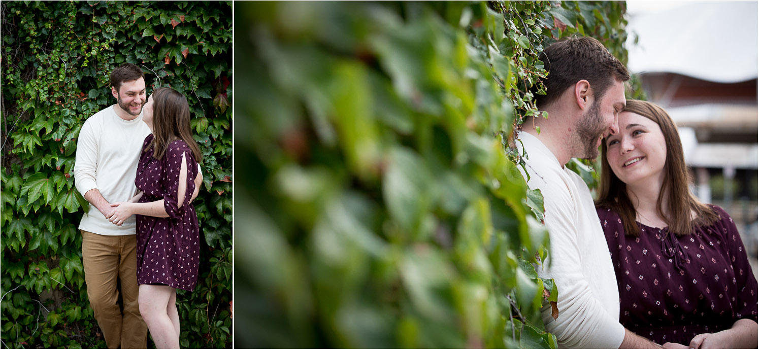10-ivy-wall-engagement-session-mahonen-photography.jpg