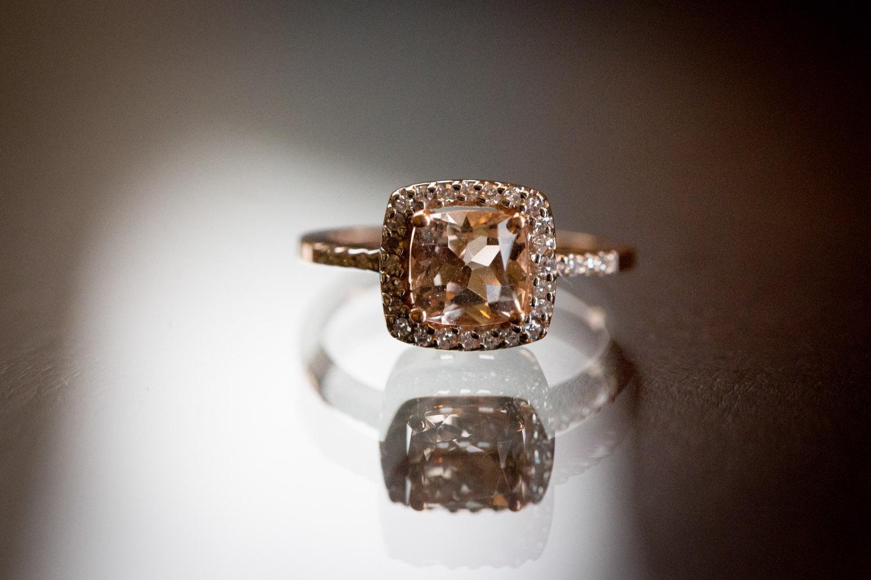 04-rose-gold-engagement-rings-detail-shot-mahonen-photography.jpg
