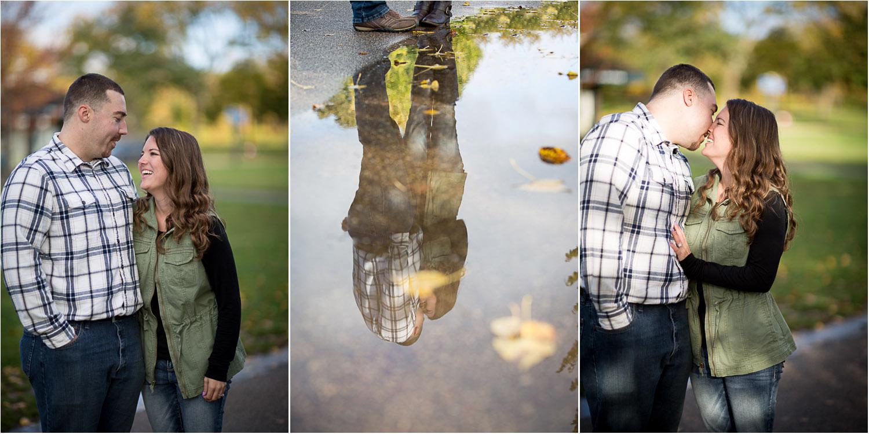 04-lake-of-the-iles-minneapolis-minnesota-fall-engagement-session-puddle-reflection-mahonen-photography.jpg
