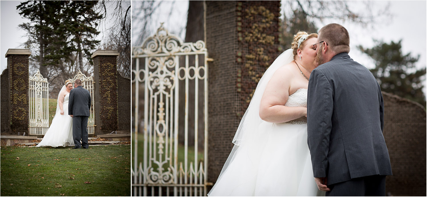 07-bride-and-groom-first-look-lake-como-park-st-paul-minnesota-gates-to-nowhere-mahonen-photography.jpg