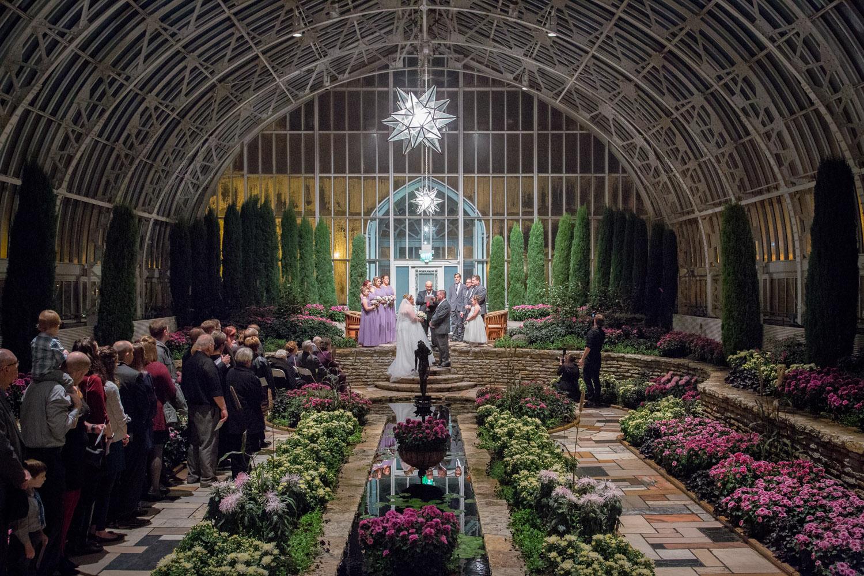15-como-conservatory-st-paul-minnesota-sunken-garden-wedding-ceremony-night-mahonen-photography.jpg