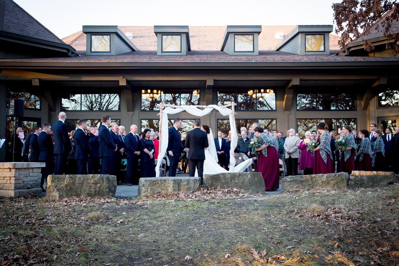 07-three-rivers-park-district-weddings-silverwood-outdoor-wedding-ceremony-winter-minnesota-mahonen-photography.jpg
