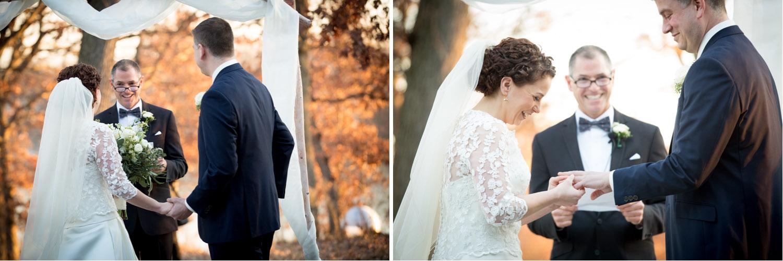 08-outdoor-winter-wedding-ceremony-ring-exchange-silverwood-park-minnesota-mahonen-photography.jpg