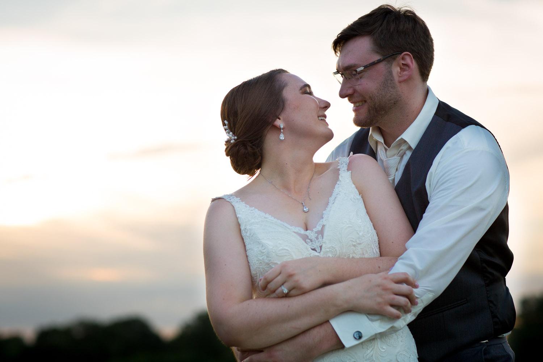 26-stoneridge-golf-club-stillwater-minnesta-reception-bride-and-groom-sunset-portrait-break-mahonen-photography-twin cities-wedding-photographer.jpg
