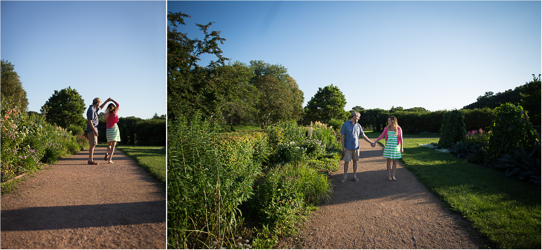 01-minneapolis-mn-wedding-photographer-rose-garden-summer-engagement-photos-dirt-path-twirl-mahonen-photography.jpg