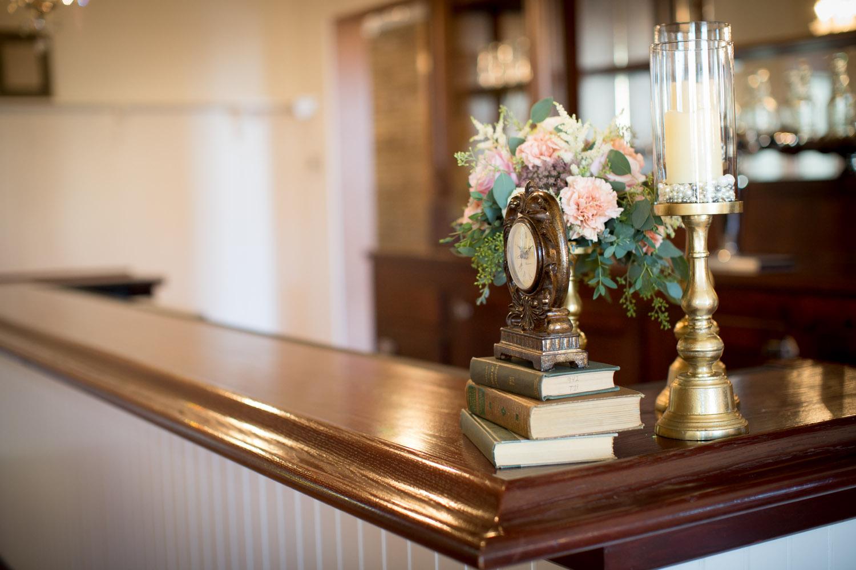 19-hotel-broz-new-prague-mn-minnesota-wedding-venue-photographer-styled-shoot-bar-champagne-historic-mahonen-photography.jpg