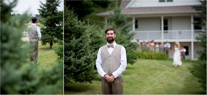 02-dellwood-barn-minnesota-wedding-photographer-bride-groom-first-look-farm-pine-trees-mahonen-photography.jpg
