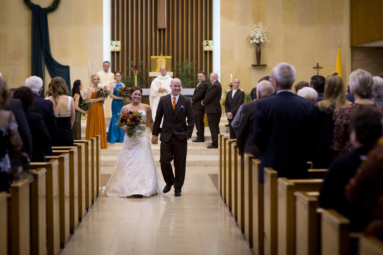 19-mn-catholic-wedding-ceremony-newly-weds-husband-and-wife-photographer-mahonen-photography.jpg