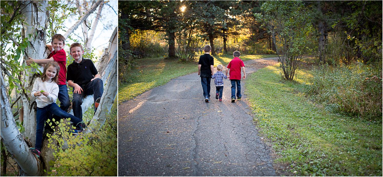 01-mn-family-photographer-extended-fam-photo-session-siblings-tree-golden-hour-mahonen-photography.jpg
